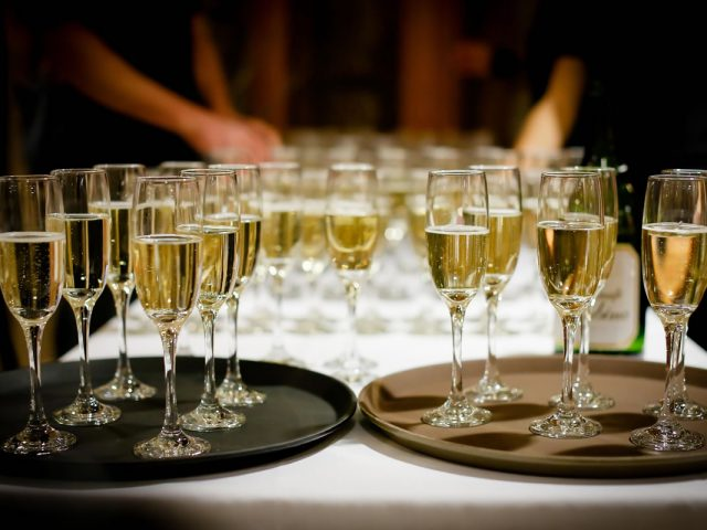 A Huge Problem at Some Weddings Is the Open Bar… Here's Why