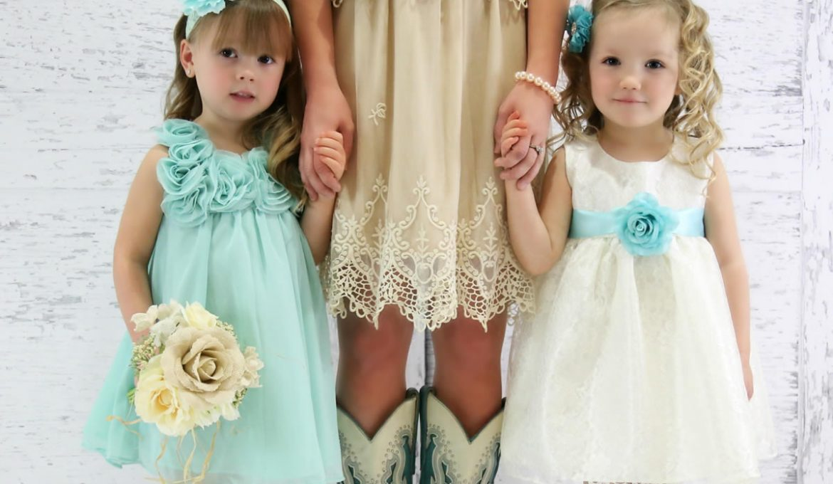 Find Great Looking Flower Girl Dresses Even if You Order Late