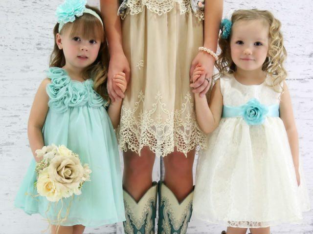 Don't Overlook Flower Girl Dresses in Your Wedding