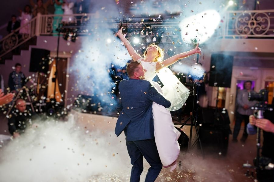 An Amazing Addition to Any Wedding: Customized Wedding Song
