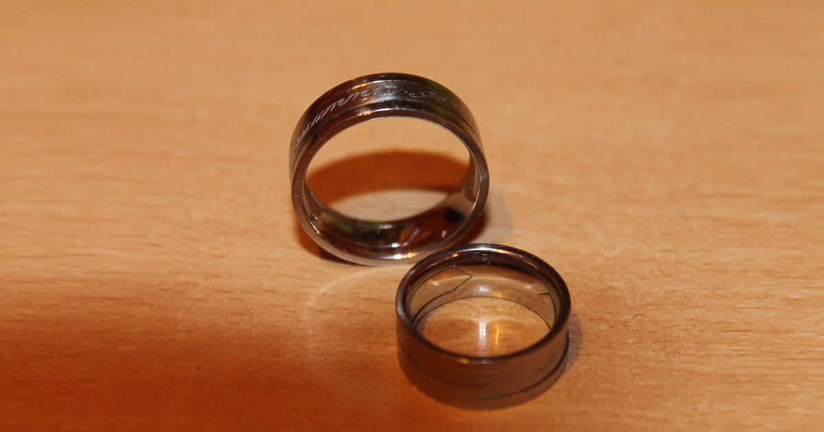 Camo Wedding Rings for Those Who Love the Outdoors
