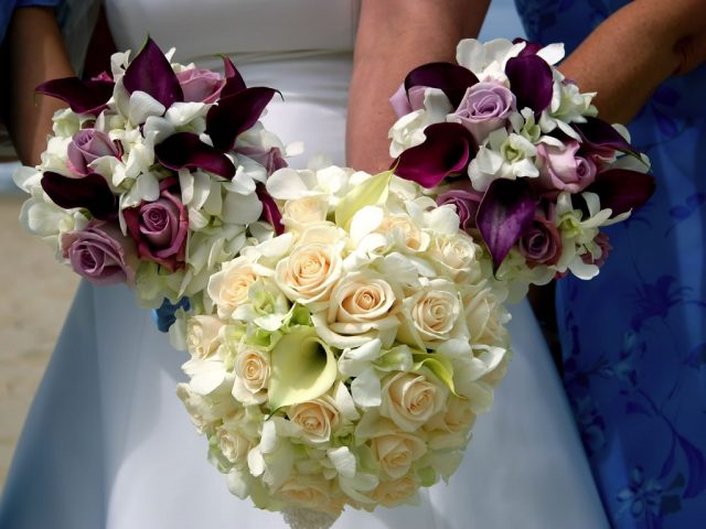 Tips for Creating Amazing Arrangements of Wedding Flowers