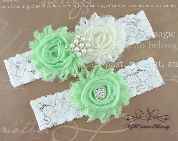 Use a Custom Handmade Bridal Garter in Your Wedding