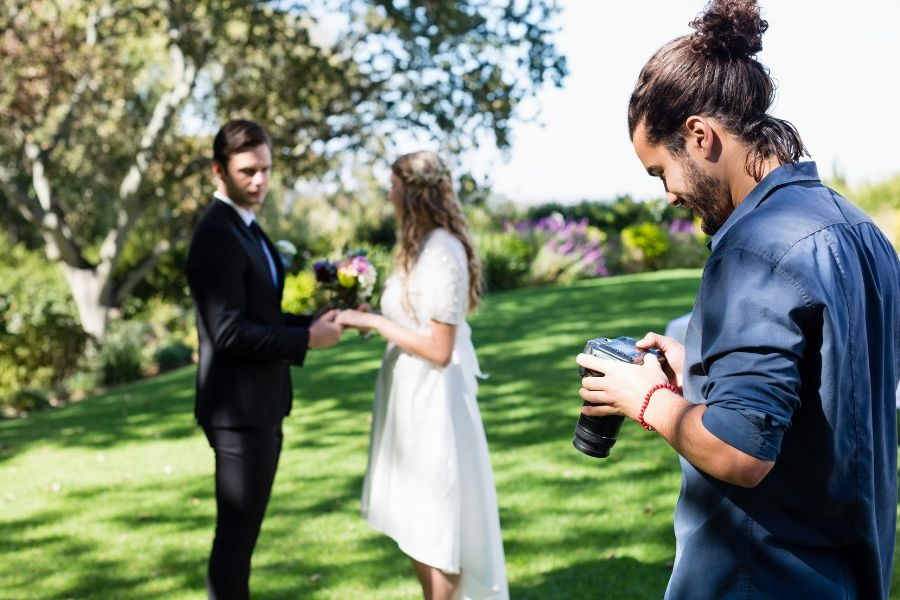 What Is the Average Wedding Photographer Cost