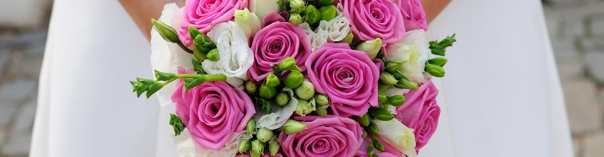 bride_Wedding-Bouquet-1920x500_1_